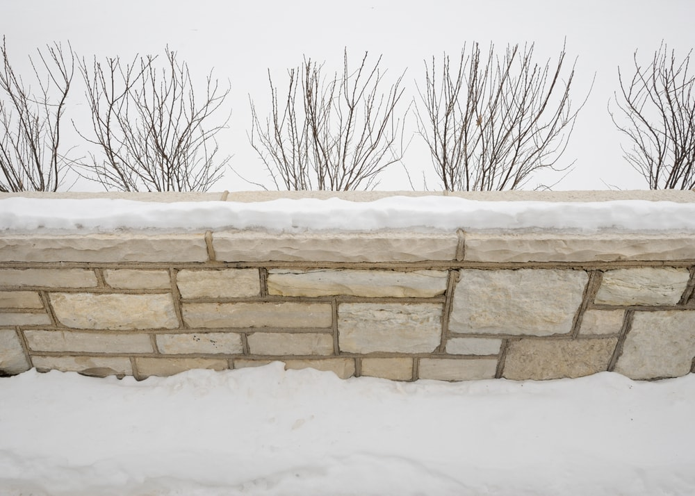 Care for your flagstones in winter