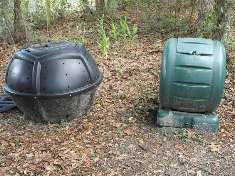 Closed Bin Composter for the Garden