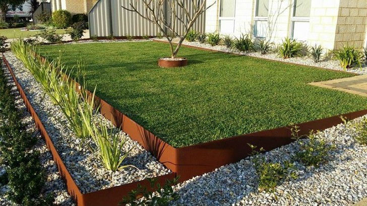65 lawn flowers edging ideas to enhance form of your garden for Front yard edging ideas