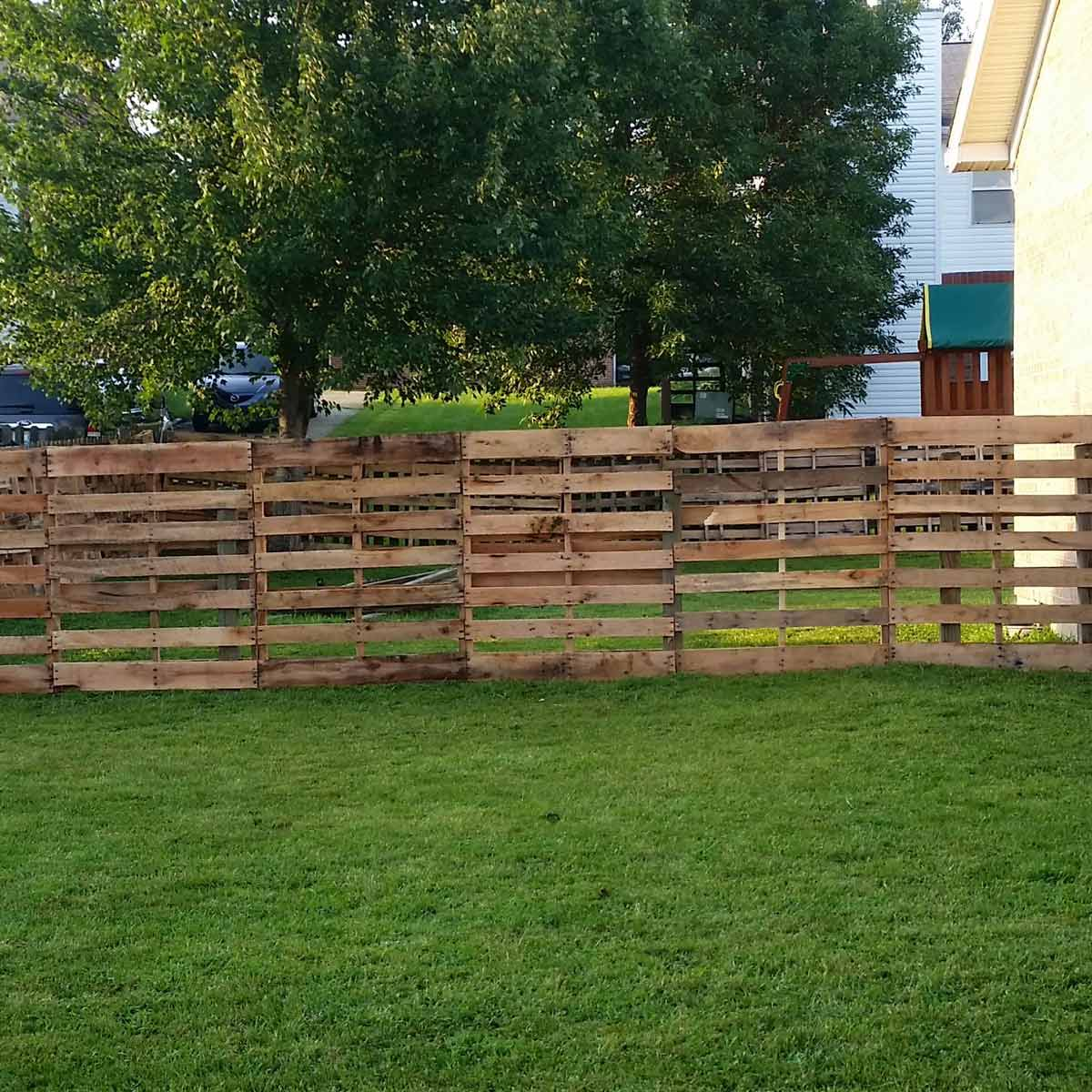 Pallet fence