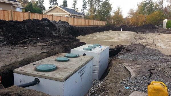 A Quick Guide to Septic Tank Repair vs. Replacement