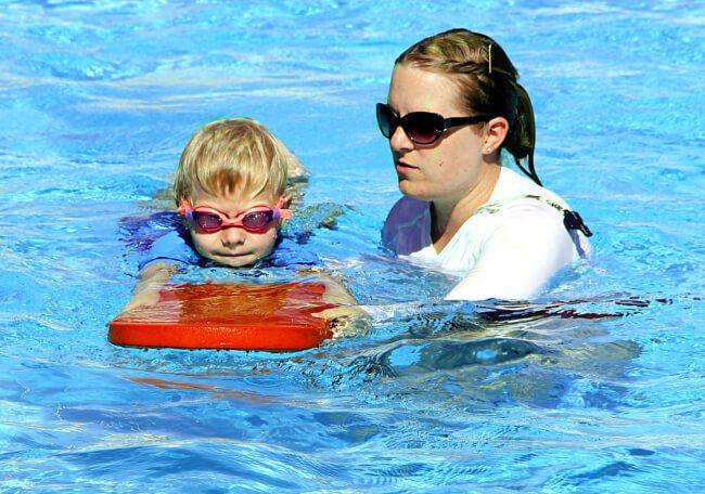 importance of swimming lessons