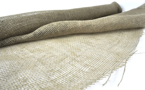 Burlap sheets is a perfect alternative to mulch in lawns that have lots of wind