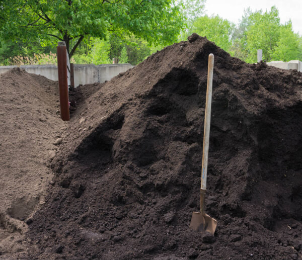 One of the benefits of worm composting is it will help enrich the soil by 5 to 11%